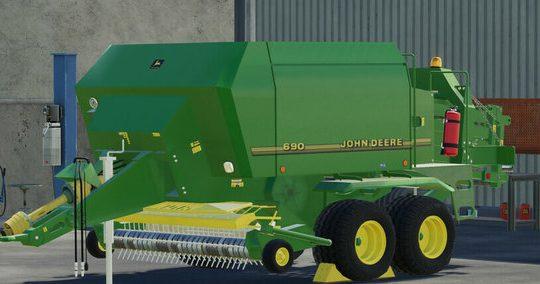 John Deere 690